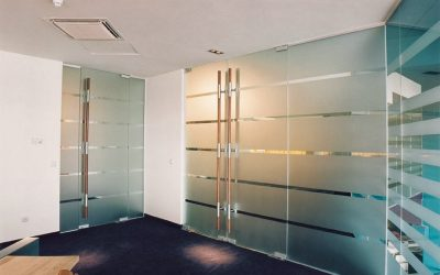 Uși batante și glisante