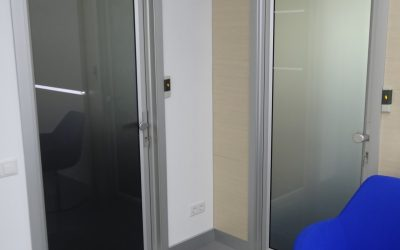 Ușile din Cutia Telescopică